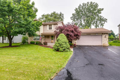 Racine County Single Family Home For Sale: 1606 Secretariat Ln