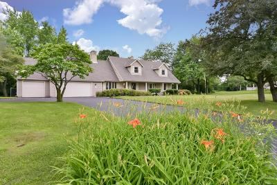 Saukville Single Family Home Active Contingent With Offer: 6671 Larkspur Ln
