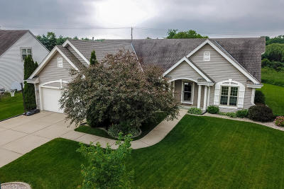 Muskego Single Family Home Active Contingent With Offer: S97w12855 Champions Dr