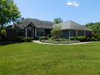 Germantown Single Family Home Active Contingent With Offer: N108w15303 Bel Aire Ln