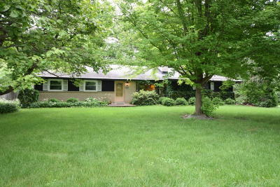 Franklin Single Family Home Active Contingent With Offer: 6860 S 111th St