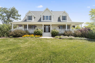 Kenosha County Single Family Home Active Contingent With Offer: 5329 373rd Ct