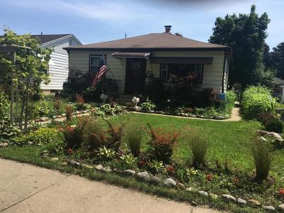 Milwaukee Single Family Home For Sale: 3838 S 18th St