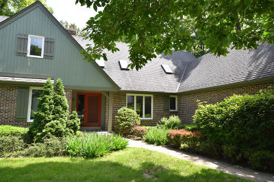 Mequon Condo/Townhouse For Sale: 12404 N Golf Rd