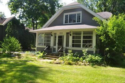 Hartland Single Family Home For Sale: 533 E Capitol Dr