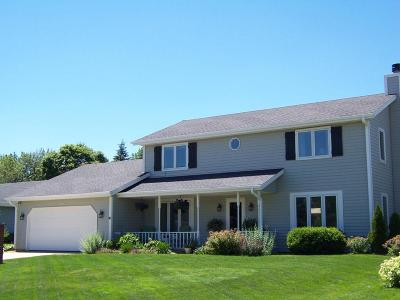 Germantown Single Family Home Active Contingent With Offer: W163n10455 Ridgeview Ln