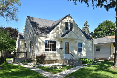 West Allis Single Family Home Active Contingent With Offer: 1321 S 114th St