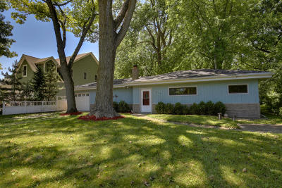 Pleasant Prairie Single Family Home Active Contingent With Offer: 9102 3rd Ave