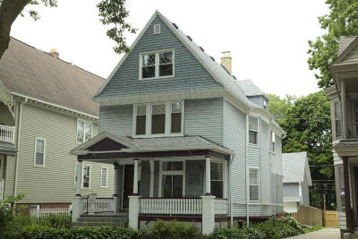 Milwaukee Single Family Home For Sale: 2729 N Frederick Ave
