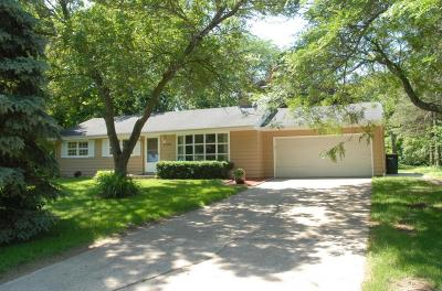 Hales Corners Single Family Home Active Contingent With Offer: 11305 Bridget Ln