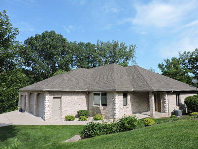 Fort Atkinson WI Condo/Townhouse For Sale: $339,900