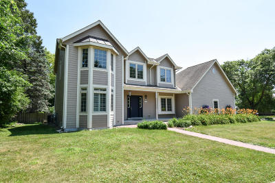 Cedarburg Single Family Home Active Contingent With Offer: W51n950 Keup Rd