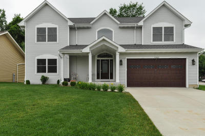 Greenfield Single Family Home For Sale: 6153 S 40th St