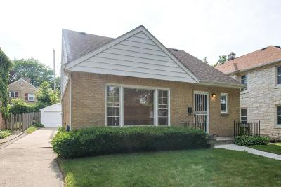 Milwaukee Single Family Home For Sale: 3407 N 48th St