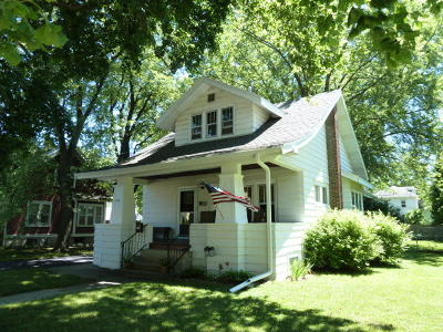 Fort Atkinson WI Single Family Home For Sale: $159,900