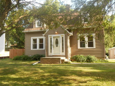 Greenfield Single Family Home For Sale: 10521 W Howard Ave