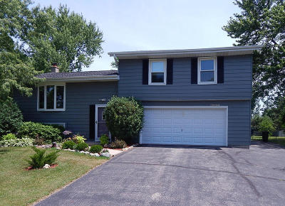 Mukwonago Single Family Home For Sale: W330s8174 Country Ln