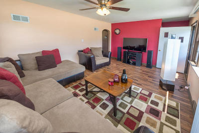 Greenfield Single Family Home For Sale: 7204 W Layton Ave