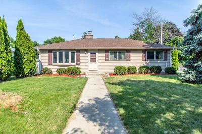 Greenfield Single Family Home For Sale: 4008 S 84th St