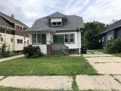 Milwaukee Single Family Home For Sale: 2760 N 57th #St