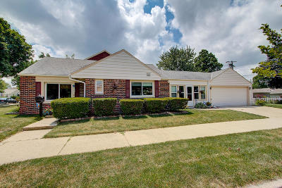 Single Family Home For Sale: 2775 N 83rd St