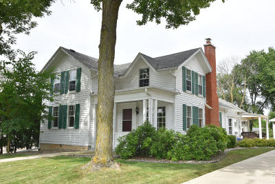 Menomonee Falls Single Family Home For Sale: W164n9022 Water St.