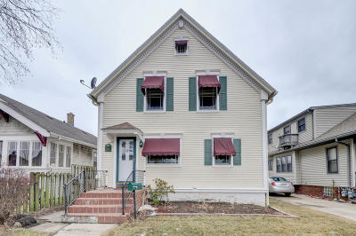 Racine Single Family Home Active Contingent With Offer: 1004 Blaine Ave