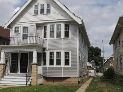Milwaukee Two Family Home For Sale: 3776-78 N 10th