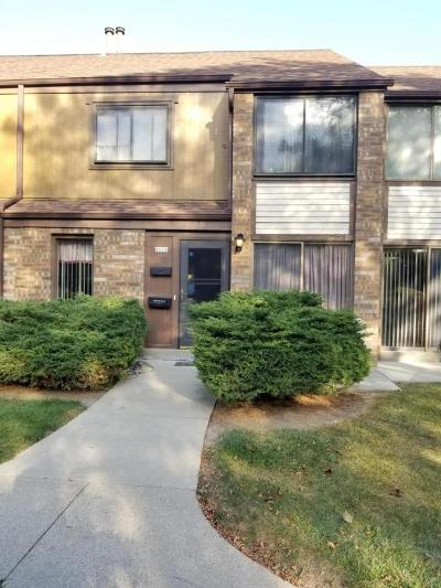 Milwaukee Condo/Townhouse For Sale: 8620 N Servite Dr