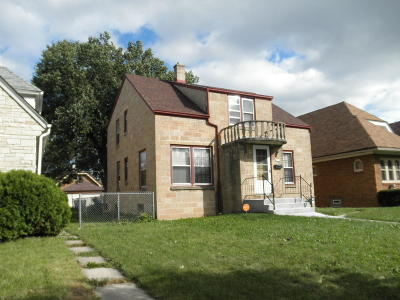 Milwaukee Single Family Home For Sale: 4218 N 17th St