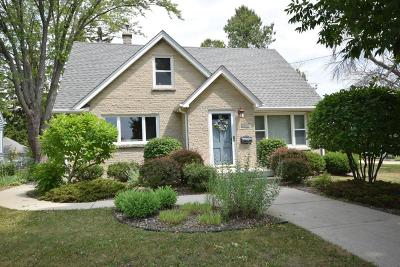 Kewaskum Single Family Home For Sale: 232 Forest Ave