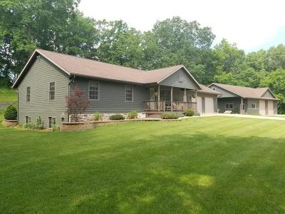 Single Family Home For Sale: N15277 Hollow Ln