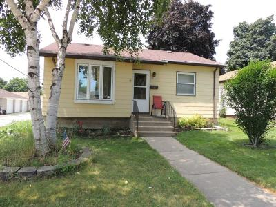 Milwaukee Single Family Home For Sale: 3855 S 17th St
