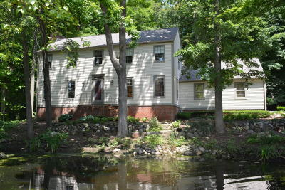 Brookfield Condo/Townhouse For Sale: 4095 Stonewood Ct