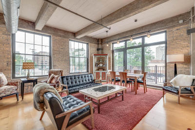 Milwaukee Condo/Townhouse Active Contingent With Offer: 525 E Chicago St #201