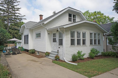 Waukesha Single Family Home For Sale: 228 S Charles St