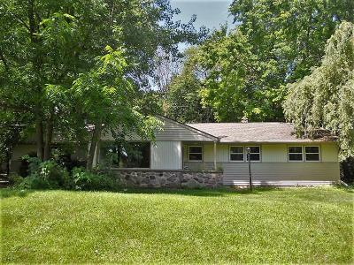 Mequon Single Family Home For Sale: 10501 N O'connell Ln