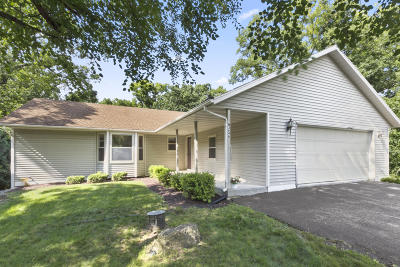 Lake Geneva Single Family Home For Sale: W3646 Oakrest Ave