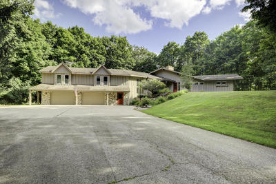 Washington County Single Family Home For Sale: 4762 Rolling Hills Dr
