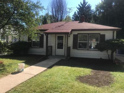 Milwaukee Single Family Home For Sale: 5348 N 26th St