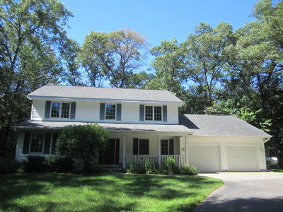 Peshtigo Single Family Home For Sale: N2089 Bonnie Ln
