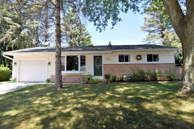 Cedarburg Single Family Home Active Contingent With Offer: W61n736 Mequon Ave