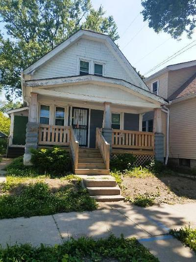 Single Family Home For Sale: 3819 W Fairmount Ave