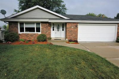 South Milwaukee WI Single Family Home For Sale: $250,000