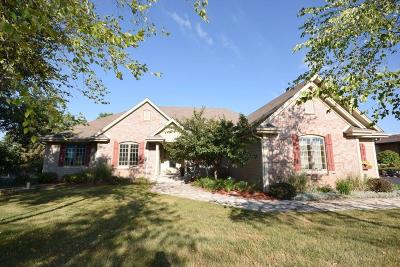 West Bend Single Family Home Active Contingent With Offer: 6283 Glen View Pkwy
