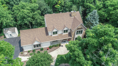 Delafield Single Family Home Active Contingent With Offer: N11w31848 Phyllis Pkwy