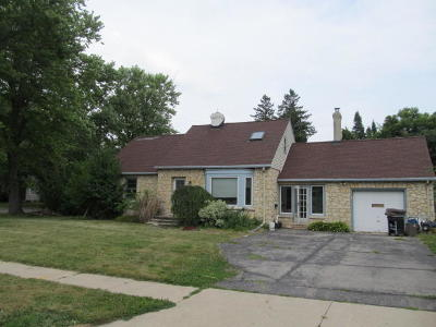 Mukwonago Single Family Home For Sale: 730 Division St