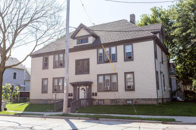 Milwaukee Multi Family Home For Sale: 905 Meinecke