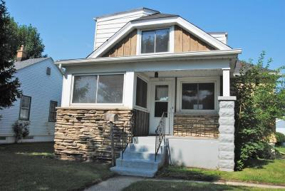Single Family Home For Sale: 2427 S 74th St
