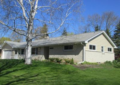 Cedarburg Single Family Home Active Contingent With Offer: N76w7154 Linden St